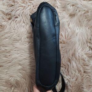 Tignanello Bags - Tignanello black leather shoulder purse